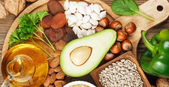 विटामिन-ई कमी व अधिकता,Vitamin -E Causes Benefits Disadvantages In Hindi,vitamin e ki kami ke karan,vitamin e ke liye kon sabji khani chahiye